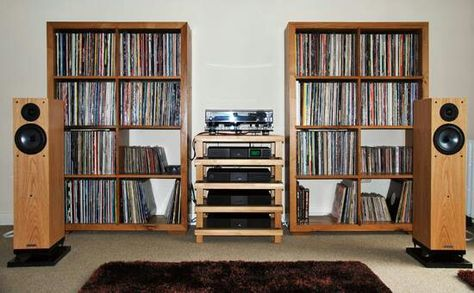 This image - a delight for the eyes vinyl lover)
