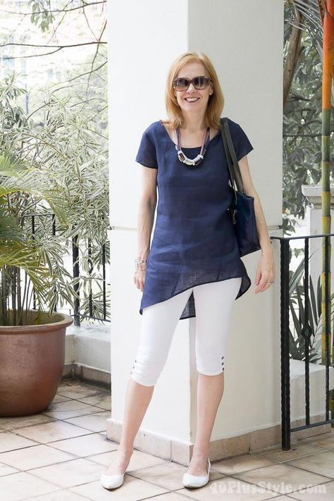 How to wear leggings over 40, 50, 60 and beyond. | 40plusstyle.com #fashionover60fiftynotfrumpy