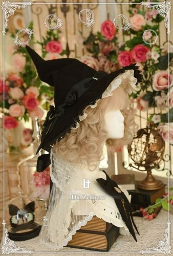 Lost Lost - The Time Witch - Ouji Lolita Headdresses Om Lost Tree - The Time Witch - Ouji Lol Harajuku Fashion, Lolita Fashion, Outfits With Hats, Cool Outfits, Witch Outfit, Vintage Witch, Witch Aesthetic, Derby Hats, Lolita Dress