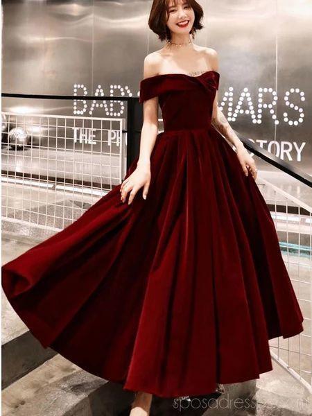 Sule Baser Adli Kullanicinin Mezuniyet Panosundaki Pin 2020 Kisa Etekli Elbiseler Balo Elbiseleri Elbise