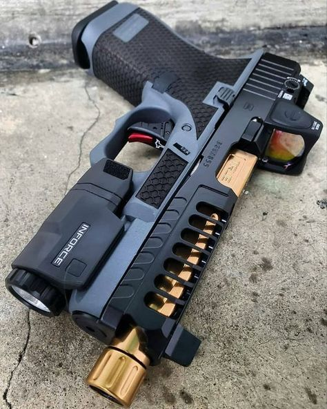 Some of you may have seen these realistic weapons but would be unaware of their names. Airsoft guns are utterly crazy to use. Not only, these fun-filled, real looking guns offer yo Glock Guns, Weapons Guns, Airsoft Guns, Guns And Ammo, Tactical Guns, Zombie Weapons, Tactical Survival, Zombie Apocalypse, Armas Airsoft