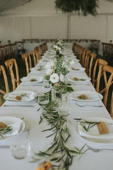 Olive Branch Wedding, Olive Wedding, Branches Wedding, Wedding Table Settings, Long Table Wedding, Greek Wedding Theme, Rustic Table Wedding, Food Centerpieces Wedding, Wedding Table Arrangements