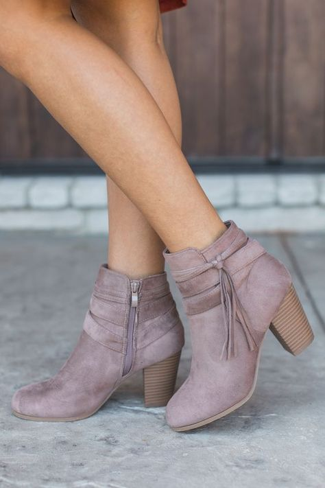 36 Boots To Copy Today #boots #booties #shoes #ankleboots