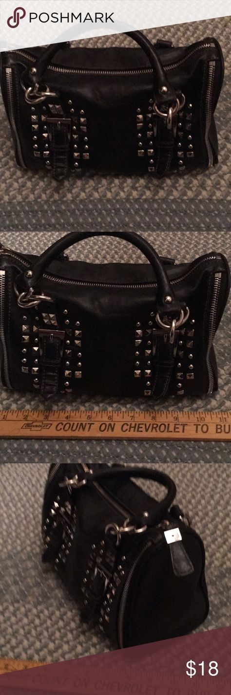 f5bcd7d064a Bag purse Nine West black, pockets, heavy duty 😃 Very nice Nine West black