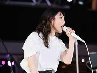 画像1 54 欅坂46 センター平手友梨奈の復帰に感動の歓声 7曲披露