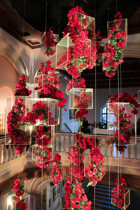 Dekoration Art Diego Museum SanSan Diego Museum of Art Deco Floral, Floral Design, Art Floral, Wedding Stage Decorations, Desi Wedding Decor, Wedding Mandap, Wedding Receptions, Wedding Table, Wedding Ideas