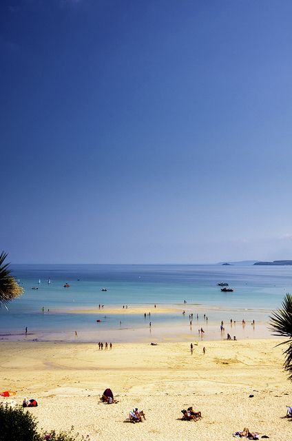 #Porthminster Beach, St Ives, Cornwall, England - water was f-f-freezing and waves were small!