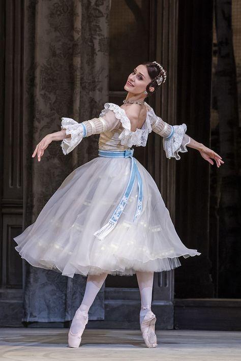 Marianela Nuñez as Natalia Petrovna in A Month in the Country, The Royal Ballet © 2019 ROH. Photograph by Tristram Kenton Ballet Art, Ballet Dancers, Ballerinas, Ballet Costumes, Dance Costumes, Ballet Russe, Paris Opera Ballet, Ballet Fashion, Ballet Inspired Fashion