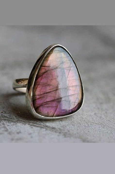 OOAK Pink labradorite ring - Cabochon ring - triangle ring - Purple - Bezel ring - Gemstone ring - Silver - Gift for her