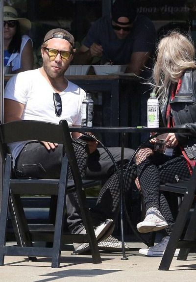Jai Courtney spotted in Malibu  [September 4, 2016]