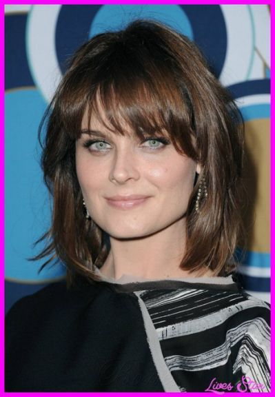 Hairstyles For Square Faces With Square Face Hairstyles Face Shape Hairstyles Haircut For Square Face