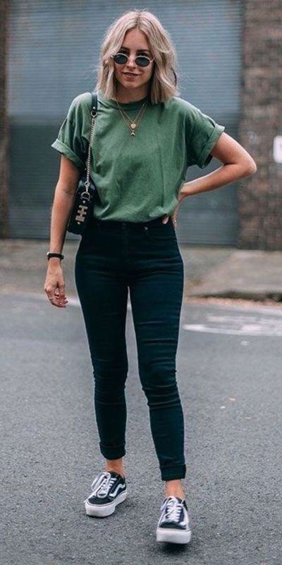"""Catchy Fall Outfits To Copy Right Now""""},""""dominant_color"""":"""" Kurze Mom Jeans, Camiseta Tommy Jeans und alle Star Branco. Kurze Mom Jeans und All Star BrancoKurze Mom Jeans und All Star BrancoMom Jeans und Converse All Star WeißMom Jeans. Spring Outfit Women, Cute Spring Outfits, Cute Casual Outfits, Cute Jean Outfits, Outfits With Black Jeans, Black Jeans Outfit Summer, Stylish Outfits, Ootd Spring, Casual Clothes"""