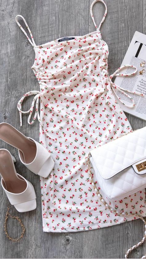 Find 5 Ways to Style Flirty Floral Dresses for Summer!