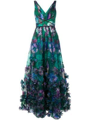 Shop online green Marchesa Notte floral embellished evening gown as well as new season, new arrivals daily. Marchesa, Green Evening Gowns, Green Gown, Dress Outfits, Dress Up, Fairytale Gown, Floral Gown, Full Skirts, Beautiful Gowns