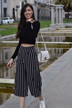 37809231ee4db Claudia Peris wearing culottes with stripes