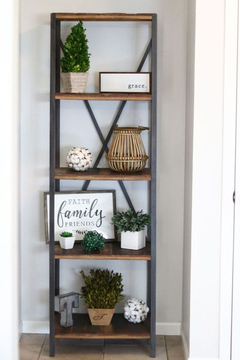 If you are looking for Modern Farmhouse Kitchen Decor Ideas, You come to the right place. Below are the Modern Farmhouse Kitchen Decor Ideas. Decoration Bedroom, Entryway Decor, Diy Home Decor, Modern Entryway, Rustic Entryway, Entry Way Decor Ideas, Entryway Shelf, Modern Farmhouse Decor, Farmhouse Homes