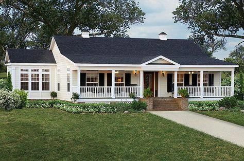Awesome Cottage House Aussen Ideen Ranch Style 01 Cottage House Exterior House Paint Exterior Exterior Paint Colors For House