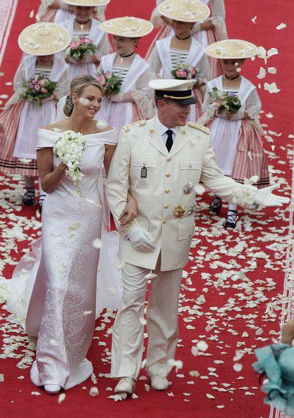 Pin Auf Konigliche Hochzeitskleider