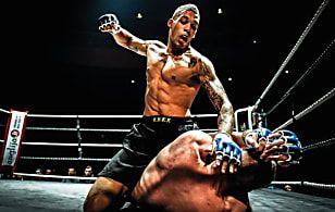 10 Peleadores Que Murieron A Causa De Lesiones En Combate Entrenamiento Mma Combate Boxeo Guantes Mma