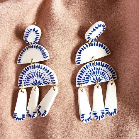 Made-To-Order: Ceramic-Style Chandelier Earrings Diy Clay Earrings, Gold Bar Earrings, Unique Earrings, Chandelier Earrings, Earrings Handmade, White Chandelier, Diy Jewelry, Jewelry Design, Jewelry Making
