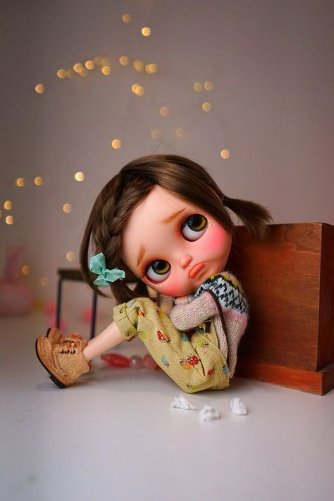 DollyCustom selected this amazing Custom Blythe Doll by PJDolls to the available dolls for adoption / sale. Click to check these and more amazing dolls before they go. Join the newsletter to be the first to receive this notice.