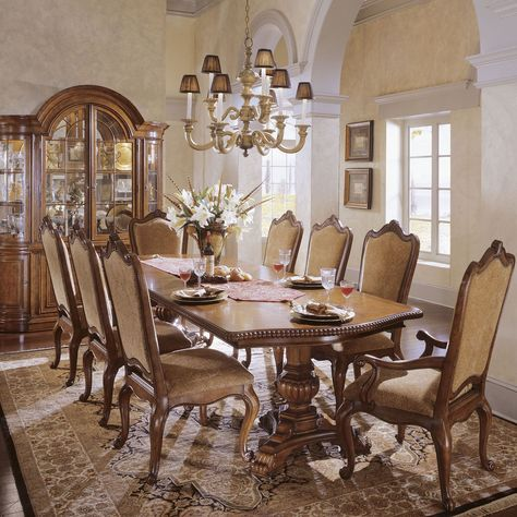 Villa Cortina Round Dining Table Dining Table Round Dining