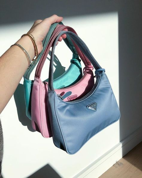 Best Designer Bags — Prada Hobo Read about and shop the designer bags our editor would spend her money on this season. Aesthetic Bags, Aesthetic Fashion, Aesthetic Clothes, Look Fashion, Fashion Bags, Fashion Accessories, Aesthetic Vintage, Man Fashion, Fashion Handbags