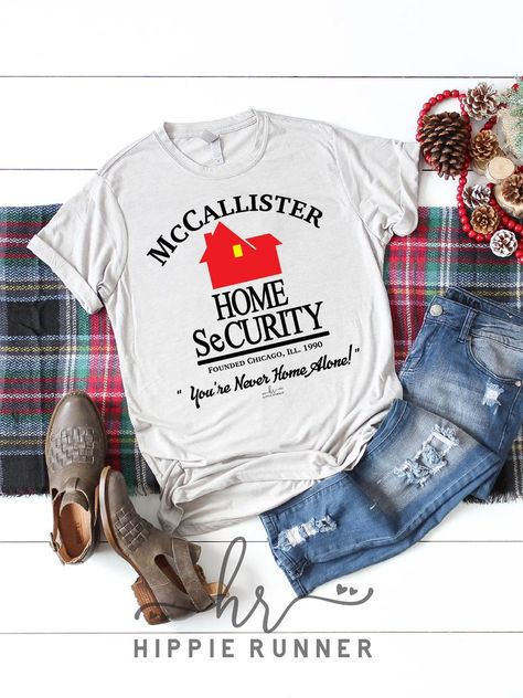 McCallister Home Security – Hippie Runner Manga, Go Outside, Christmas Sweaters, Christmas Presents, Grinch Christmas Sweater, Cute Christmas Shirts, Christmas Print, Xmas, Funny Shirts