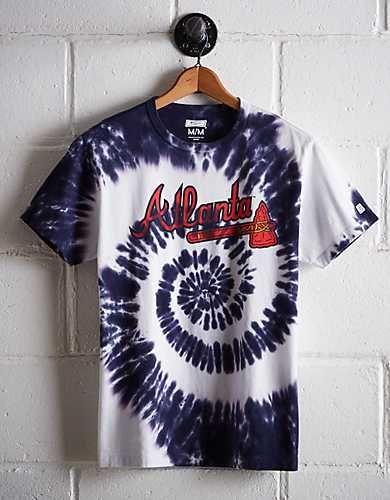 Atlanta Braves Shirts And Apparel Tailgate Major League Baseball Clothing American Eagle Outfitte Atlanta Braves Shirt Atlanta Braves Outfit Atlanta Braves