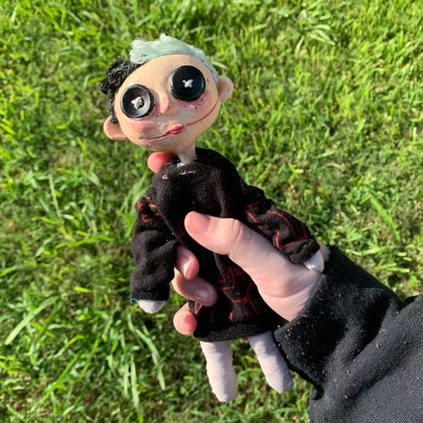 Diy Clay, Clay Crafts, Arts And Crafts, Coraline Aesthetic, Aesthetic Art, Coraline Doll, Clay Art Projects, Creepy Cute, Indie Kids