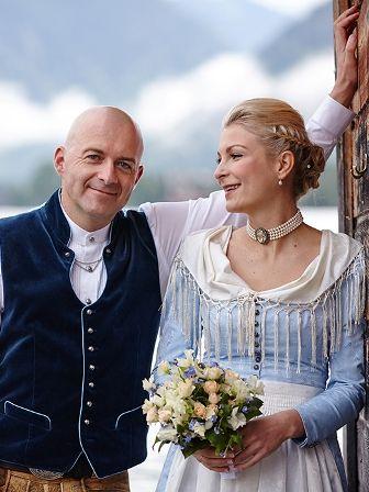 Trachtenhochzeit Tegernsee Brautpaar - wunderschöne Bilder!!! Bild: Susanna Schaffry