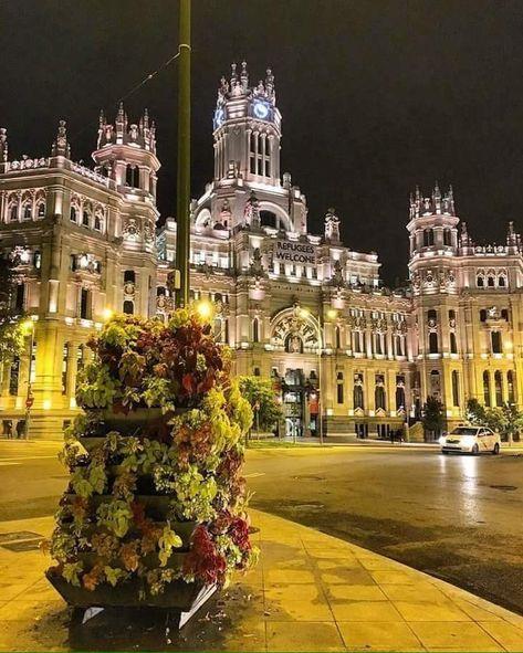 Palacio De Cibeles Madrid Viajar Por España Lugares De