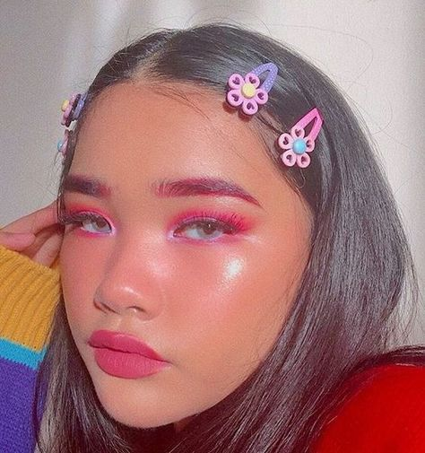 Hair Clips Are Definitely 2019 Summer Best Hair Trend | SugarAndVapor