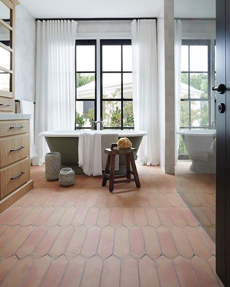 Terracotta And Sage Bathroom 2019 Trending Colors Neue Wohnung