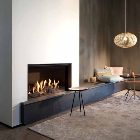 Open Fireplace, Fireplace Remodel, Living Room With Fireplace, Modern Fireplaces, Living Rooms, Dream Home Design, House Design, Minimalist Fireplace, Contemporary Fireplace Designs