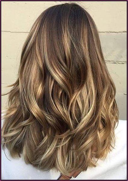 18 Haarschnitte Fur Lange Dicke Haare Haarfarben Trendige Haarfarben Haarfarbe Dunkelblond
