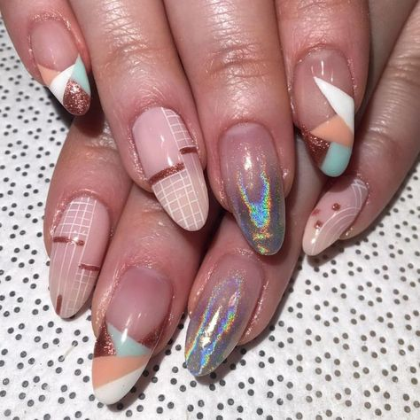 LOVE that translucent to chrome nail