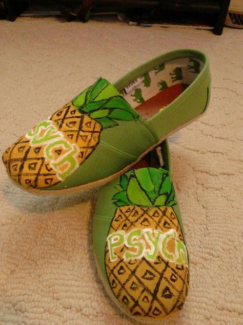 my psych toms :) wait for iiiiiiiiiiit. | Painted shoes