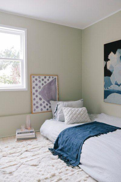 No Headboard Ideas Alternative Bedroom Decorating Domino Mattress On Floor Floor Bed Simple Bedroom