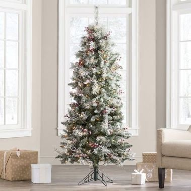 52 Beautiful Christmas Tree Decorating Ideas On A Budget Best Artificial Christmas Trees Big Christmas Tree Beautiful Christmas Trees