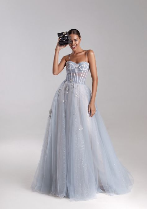 Shop on SALE Dreamy gown with semi-sweetheart neckline - Milla Nova Deb Dresses, Ball Dresses, Elegant Dresses, Pretty Dresses, Ball Gowns, Evening Dresses, Bridesmaid Dresses, Prom Dresses, Semi Formal Dresses Long