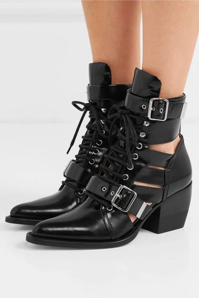 433624d2a195b Chloé - Rylee Cutout Glossed-leather Ankle Boots - Black in 2019 ...