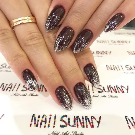 plum nail colors, dark nails with glitter accents, glitter nails, nail art designs, best glitter nails 2020