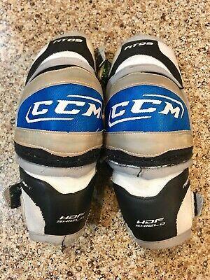 Advertisement Ebay Ccm Fit09 Hockey Elbow Pads Junior Size Medium 4 6 4 10 Hockey Shoulder Pads Hockey Elbow Pads Hockey Helmet