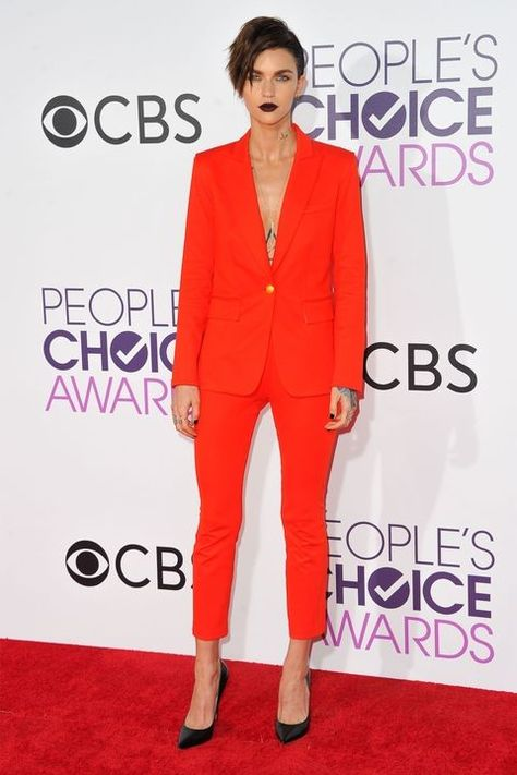 Redheads: The Colors You Should Be Wearing - Fashion Choices