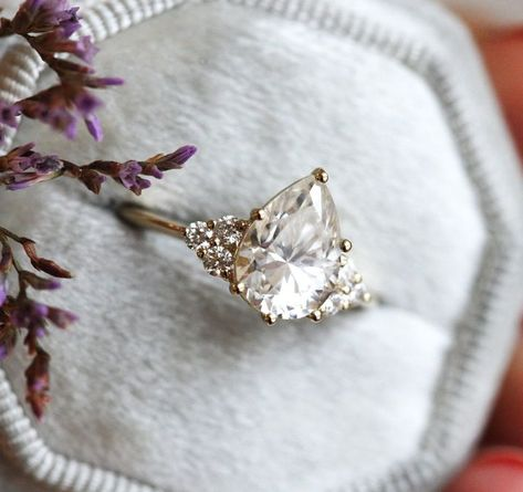 Pear Shaped Engagement Rings, Dream Engagement Rings, Halo Engagement, Vintage Engagement Rings, Vintage Rings, Different Engagement Rings, Non Traditional Engagement Rings Vintage, Moissanite Engagement Rings, Nontraditional Engagement Rings