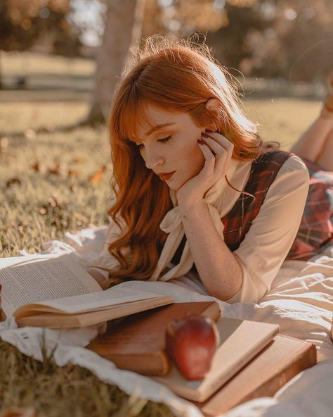 likes, 63 comments - Danielle Victoria (Danielle Victoria) no Insta . Danielle Victoria, Lily Evans, Ginger Girls, Ginger Hair Girl, Autumn Lights, Shooting Photo, Redhead Girl, Redhead Models, Foto Art