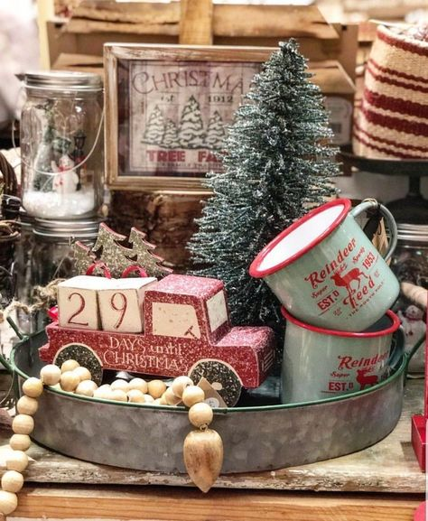 Are you searching for ideas for farmhouse christmas decor? Browse around this website for perfect farmhouse christmas decor pictures. This cool farmhouse christmas decor ideas seems amazing. Decoration Christmas, Farmhouse Christmas Decor, Christmas Centerpieces, Primitive Christmas, Xmas Decorations, Rustic Christmas, Christmas Home, Vintage Christmas, Christmas Holidays