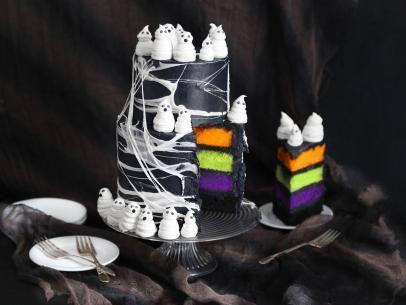 Marshmallow Web Ghost Cake Recipe In 2020 Ghost Cake