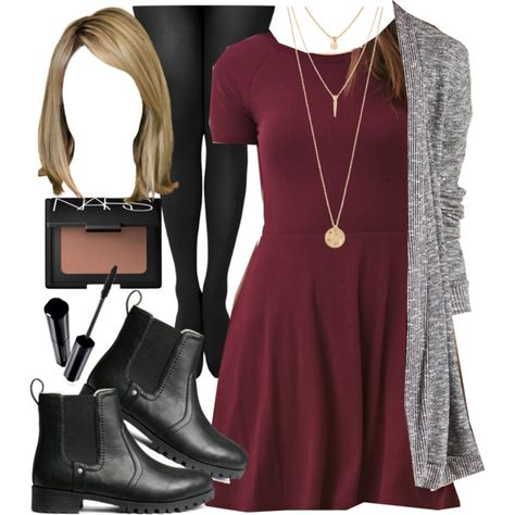 Fashion style edgy dresses hanna marin Ideas for 2019 Source by jodyck fashion edgy dress Pll Outfits, Classy Outfits, Fashion Outfits, Pretty Little Liars Outfits, Edgy Dress, Street Style Edgy, Trendy Fashion, Womens Fashion, Mode Inspiration